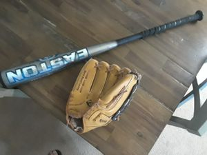 Baseball bat and glove for Sale in Fresno, CA