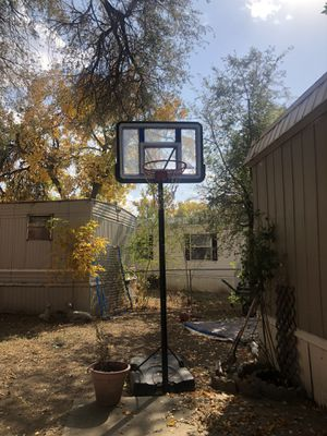 Basketball hoop for Sale in Aurora, CO
