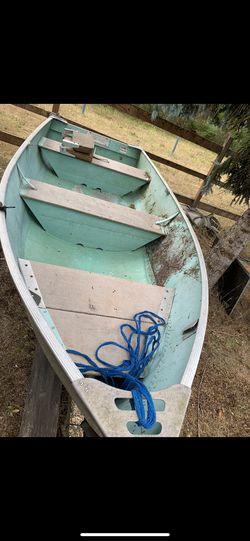 12' aluminum boat for Sale in Auburn,  WA