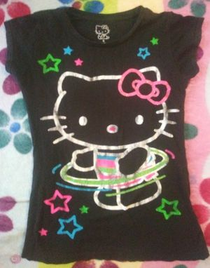 Hello kitty shirt Size small $1.00 PICK UP ASAP for Sale in San Bernardino, CA