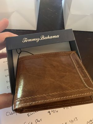 Tommy bahama wallet for Sale in Tampa, FL