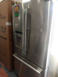 STAINLESS STEEL FRENCH DOOR SUITE KITCHEN for Sale in Buena Park, CA