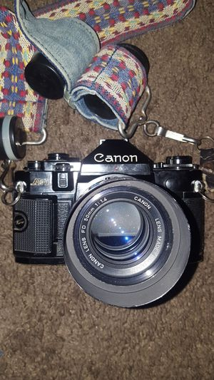 canon A-1 A1 Film Camera with 58mm Lens and 3 flash attachments and canon motor drive ma for Sale in Las Vegas, NV