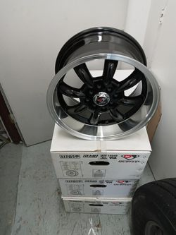 Rism For Honda Civic 4 Lug $400 Cash Only for Sale in Normandy Park,  WA