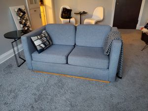 Vintage clean sofa for Sale in Niagara Falls, NY
