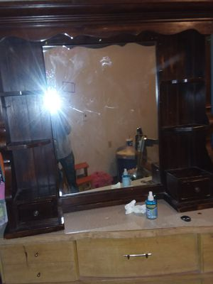 Beautiful dresser top mirror for Sale in Sullivan, MO