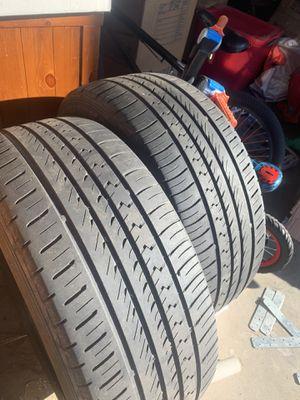 255/55-18 tires 40% tread for Sale in Phoenix, AZ