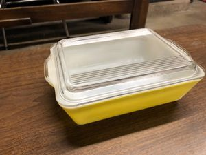 Vintage Pyrex Yellow Refrigerator Dish with Clear Glass Lid(503-B) for Sale in La Habra Heights, CA