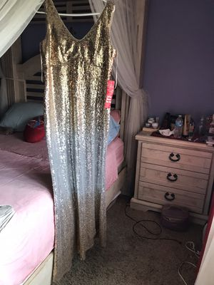 🦃👻 $85 NEW XMAS 🎁GORGEOUS OMBRE Sz 10 GALA DRESS for Sale in Rialto, CA