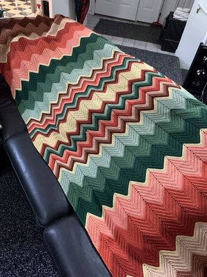 Handmade crochet throw in zigzag pattern for Sale in Columbia, MO