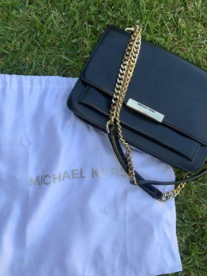 Michael kors jade shoulder bag for Sale in Santa Ana, CA