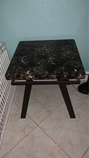 """22"""" x 22"""" formica table for Sale in St. Petersburg, FL"""