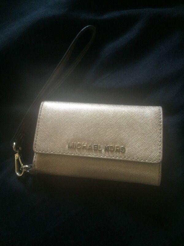 MK IPHONE 5 case/wallet