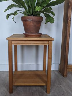 Wooden Plant / Night Stand for Sale in Portland,  OR