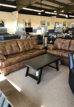 Leather sofa & loveseat. for Sale in Fresno, CA