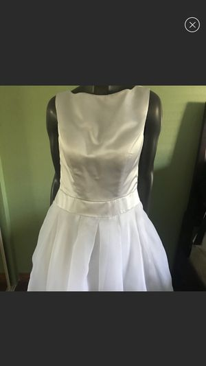 Altered size 10 LanTing wedding dress for Sale in Neosho, MO