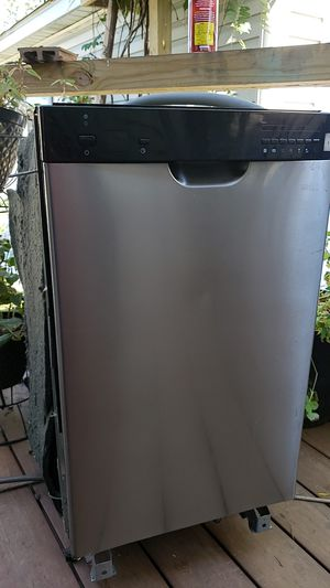 Small dishwasher 18 inch for Sale in Glendale Heights, IL