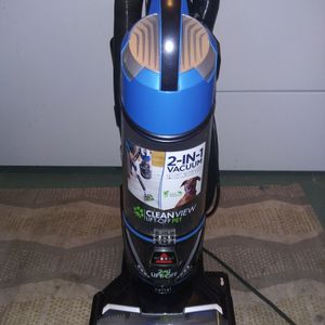 Bissell Two In One Cleanview Lift Off Pet Vacuum for Sale in St. Petersburg, FL