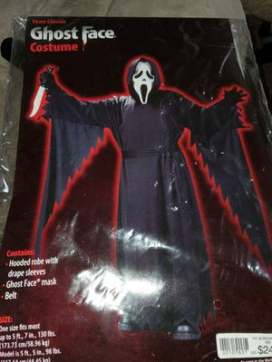 Ghost face costume one size fits all for Sale in Puyallup, WA