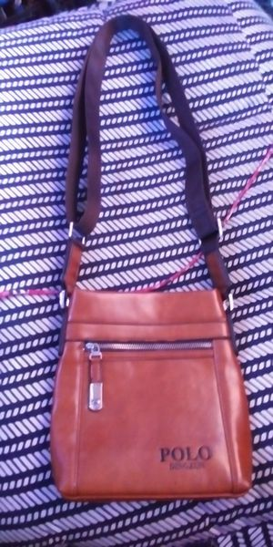 Polo Dingzun men's crossbody messenger/travel Bag for Sale in Huntington Beach, CA