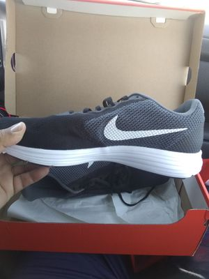 Nike men's 13 shoes for Sale in Baldwin Park, CA