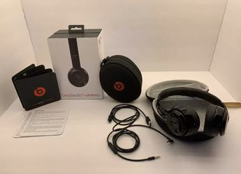 Beats Solo 3 Wireless BluetoothHeadphones for Sale in West Covina,  CA