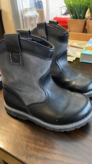 Size 10 toddler black boots for Sale in City of Industry, CA