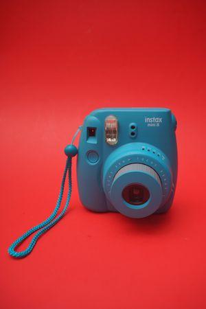 Instax mini 8 camera for Sale in Hialeah, FL