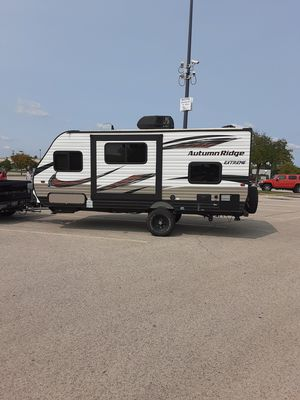 2018 starcraft autumn ridge outfitters extreme 18bhs 13500 cash for Sale in Arlington, TX