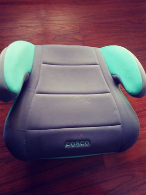 Kids booster seat for Sale in Avocado Heights, CA