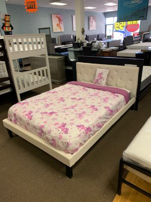 Full size platform bed frame with Mattress included for Sale in Glendale, AZ