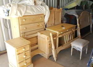 Girls 8 piece Full bedroom set for Sale in San Angelo, TX
