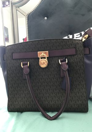 Michael Kors tote bag for Sale in Baltimore, MD