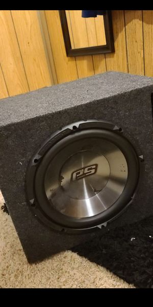 Phoenix gold subwoofer 12 in ported box for Sale in Milwaukie, OR