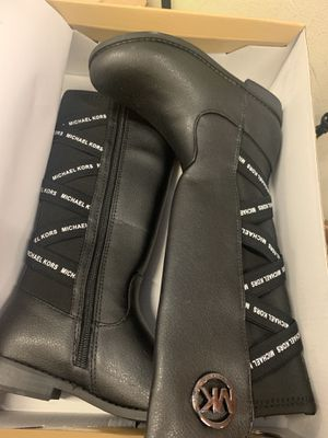 Girls MK boots Brand New w box $50 OBO for Sale in Covington, GA