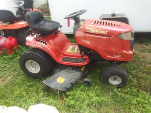Troy-Bilt riding lawn mower for Sale in Brandon, FL