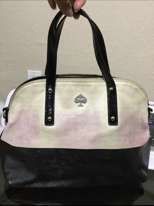 Kate spade crossbody in good condition little dirty outside $20 for Sale in Fort Worth, TX