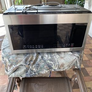 Samsung Microwave for Sale in Hialeah, FL