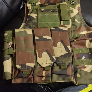 Woodland Creek Hunting And Fishing Vest for Sale in Detroit, MI