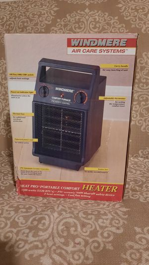 Small heater calenton for Sale in Bell Gardens, CA