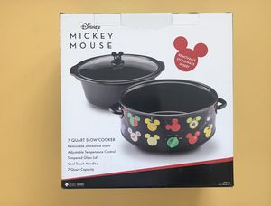 Large Mickey Mouse Slow Cooker for Sale in Riverside, CA