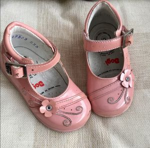 Toddler Girl Mex 13.5 / US Size 6.5 (Size 6) Pink Patent Leather Shoes for Sale in Bountiful, UT