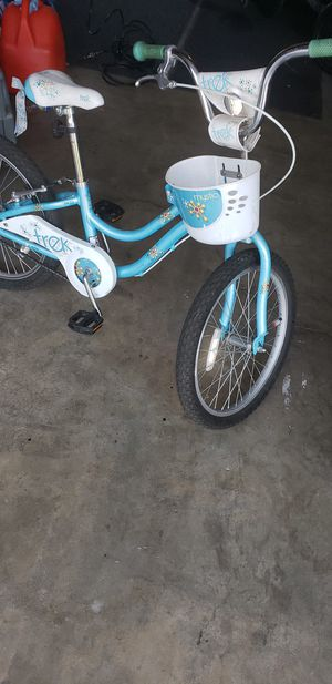 Girls trek bike for Sale in Manteca, CA