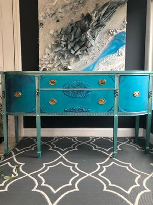 Stunning Antique Buffet Table for Sale in Oxford, CT