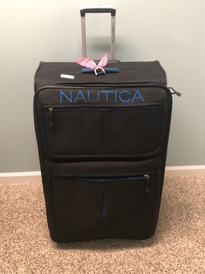 Suitcase for Sale in Dothan, AL