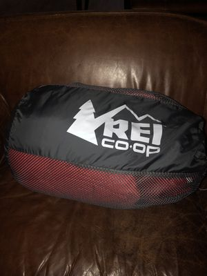 REI YOUTH DOWN SLEEPING BAG for Sale in Portland, OR