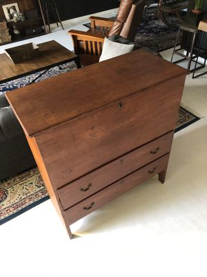 Tall Antique Quaker style dresser with drawers for Sale in Beverly Hills, CA