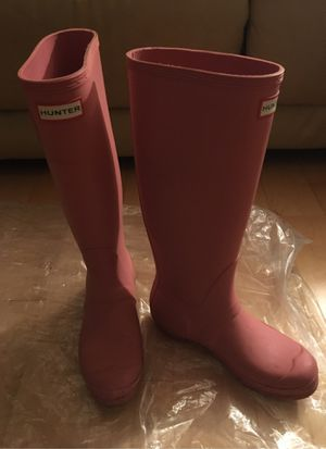 Hunter rain boot size 7 for Sale in Quincy, MA