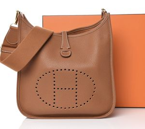 Hermes Taurillon Clemence Evelyne III PM Gold for Sale in Los Angeles, CA