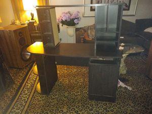 Desk/TV stand for Sale in Detroit, MI